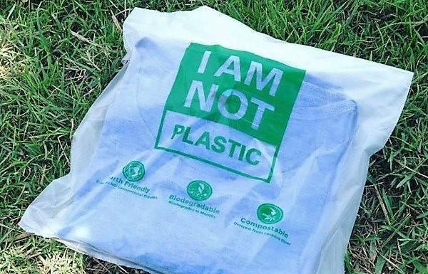 Bolsas de plástico totalmente biodegradables