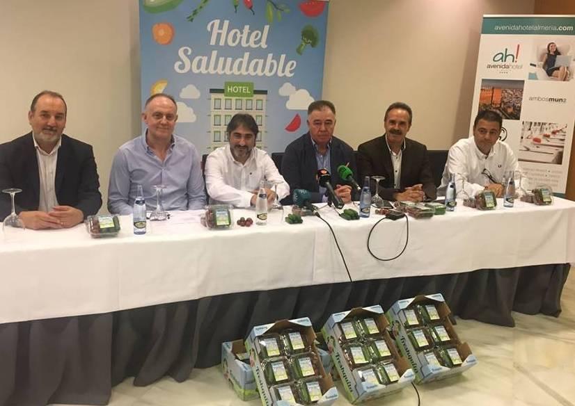"""Promocionan un """"hotel saludable"""" para el consumo de hortalizas"""