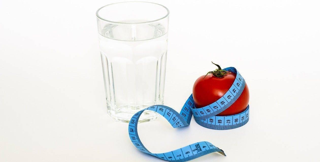 Comemos mal, vamos a una sociedad de obesos y compramos vitaminas