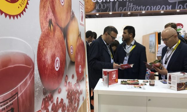 La industria de las granadas de Elche en la Feria Alimentaria de Barcelona