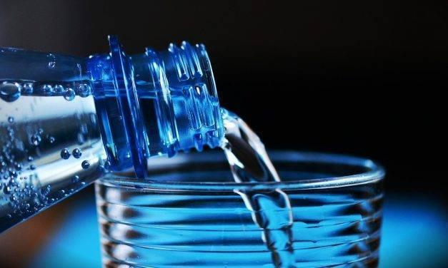 El agua embotellada es un desperdicio