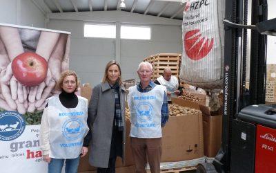 El Banco de Alimentos de Araba recibe de NEIKER-Tecnalia dona 20.000 kg de patatas