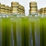 La mitad de los aceites analizados en un panel de la OCU no son lo que dicen