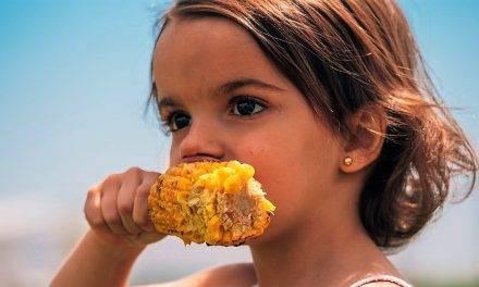 """Los """"easy bites"""" son porciones de remolacha o maiz para comer en dos bocados"""
