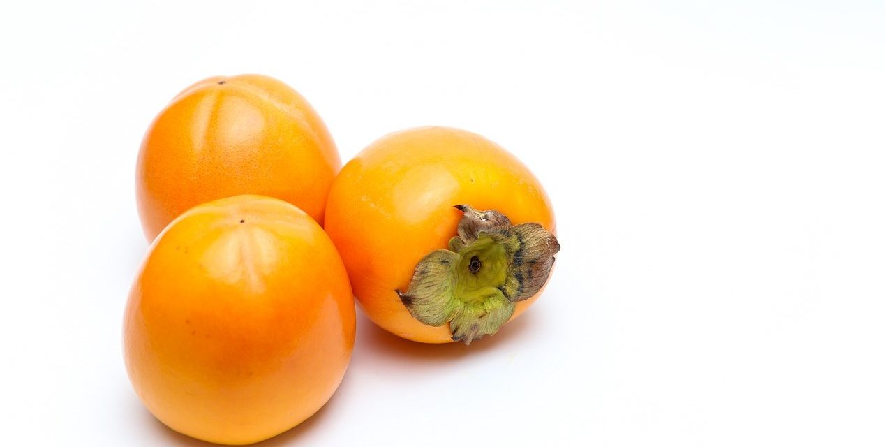 Los caquis, una fruta buenísima y un comercio paradójico