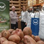 NEIKER-Tecnalia dona 18 mil kilos de patatas a banco de alimentos