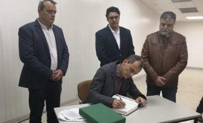 El Ministro de Ciencia e Innovación ha visitado el centro de producción de la Cooperativa Agrícola Villena que ha apostado por la IV Gama en los lineales.