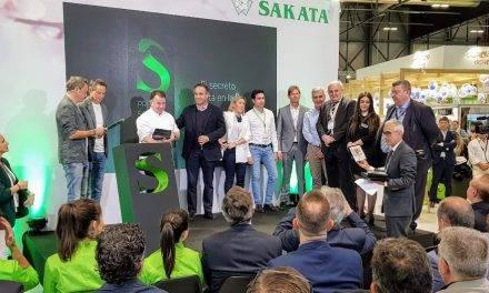 Jóvenes cocineros y divulgadores premiados por la empresa de semillas Sakata en la feria de Fruit Attraction