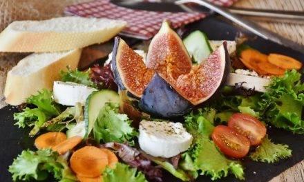 Según AECOC, los españoles comen 3,5 snacks diariamente