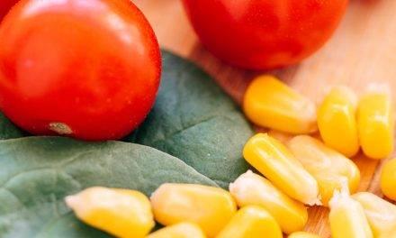 La importancia de cocinar bien frutas y verduras