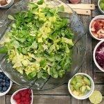 Descubrimos el mundo de las berries. Una receta del cuscús de salmón y arándano