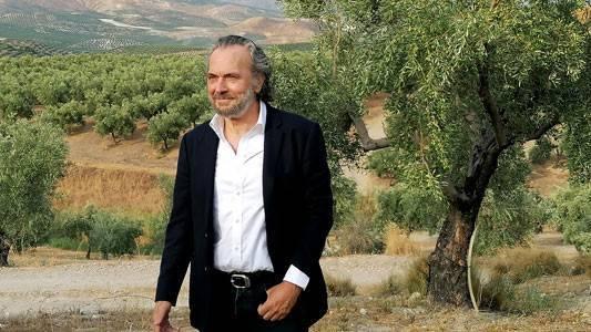 El actor José Coronado protagoniza el anuncio de promoción del Aceite de Oliva Español