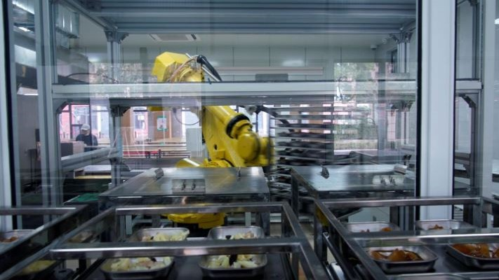 Robot chef serves Chinese school dinners to lower COVID-19 risk