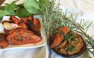 Paté de berenjenas y tomates asados confitados